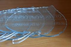 lasersko-graviranje-pleksi-steklo2-modra-delavnica