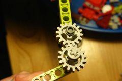 tehnicni-dan-na-daljavo-gonila-stroji-zobniki1